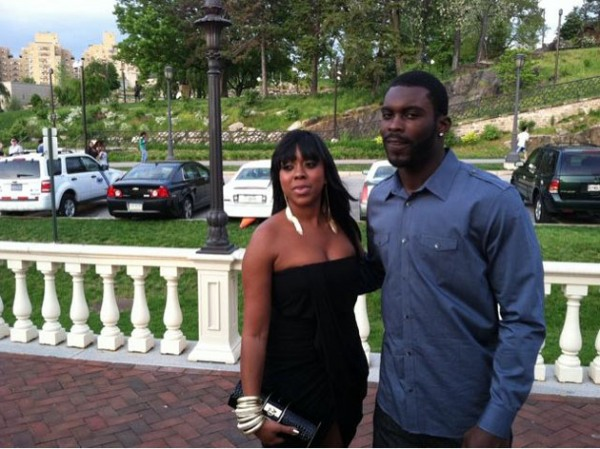 Philadelphia Eagles Baller Michael Vick Proposed To His Fiance Kijafa Frink Before 2 Year Jail Stint And Now Theyre Making The Walk Down Aisle