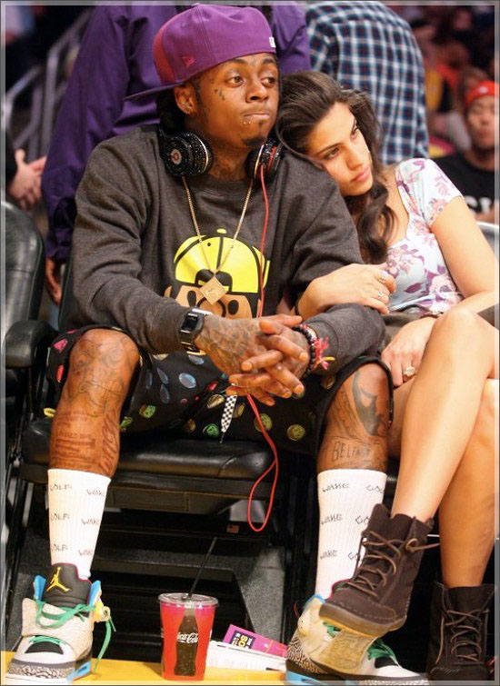 Who is lil wayne dating october 2012